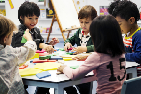 Tips: How to Nurture Your Toddler's Thinking Skills